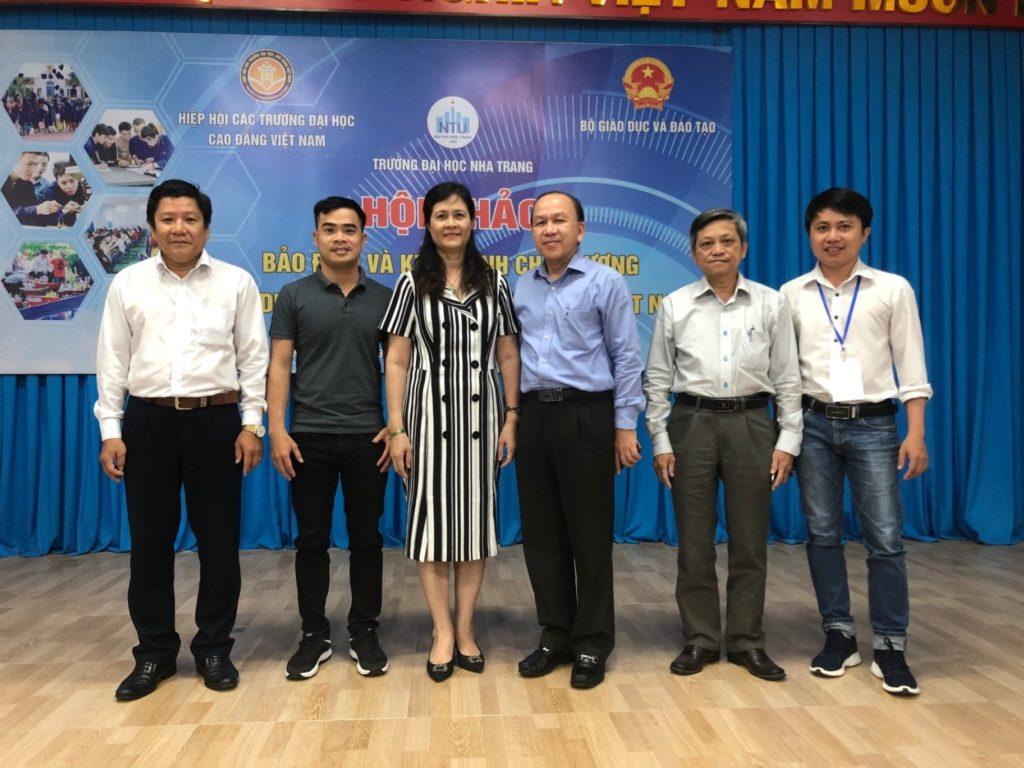 Nhân sự Trường Đại học quốc tế Hồng Bàng và các trường thành viên trong tập đoàn Nguyễn Hoàng tham dự hội thảo