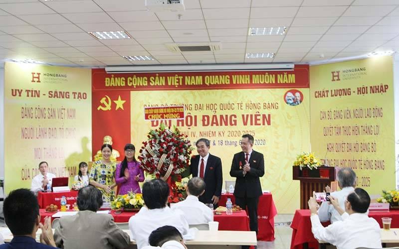 HIU phấn đấu trở thành trường đại học đa lĩnh vực, chất lượng cao và có môi trường quốc tế tốt nhất ở Việt Nam
