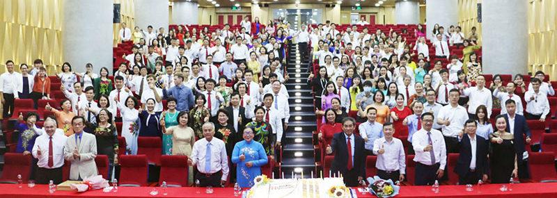 Kỷ niệm thành lập Trường Đại học Quốc tế Hồng Bàng