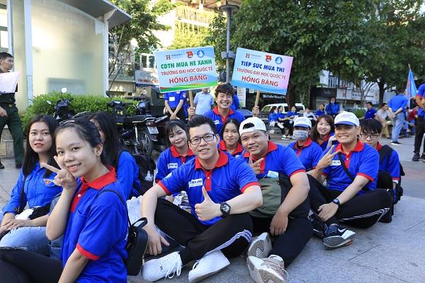 """14 ngày mùa hè xanh """"đặc biệt"""" của sinh viên HIU tại Tp.Hồ Chí Minh"""