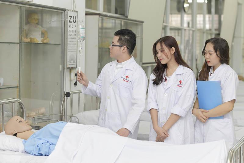 HIU chính thức tuyển sinh ngành Y khoa khoá đầu tiên năm 2020-2021