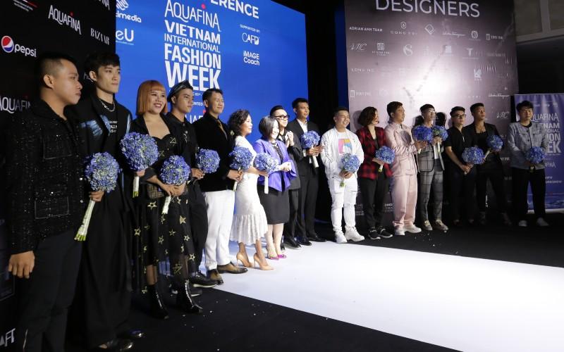 Ntk Trẻ Nguyễn Tùng Chinh đại diện ĐHQT Hồng Bàng tham gia Tuần lễ thời trang Quốc tế Việt Nam
