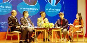 """Trường Đại học Quốc tế Hồng Bàng (HIU) tổ chức Seminar chuyên đề """"Vaccine ngừa Covid-19""""."""