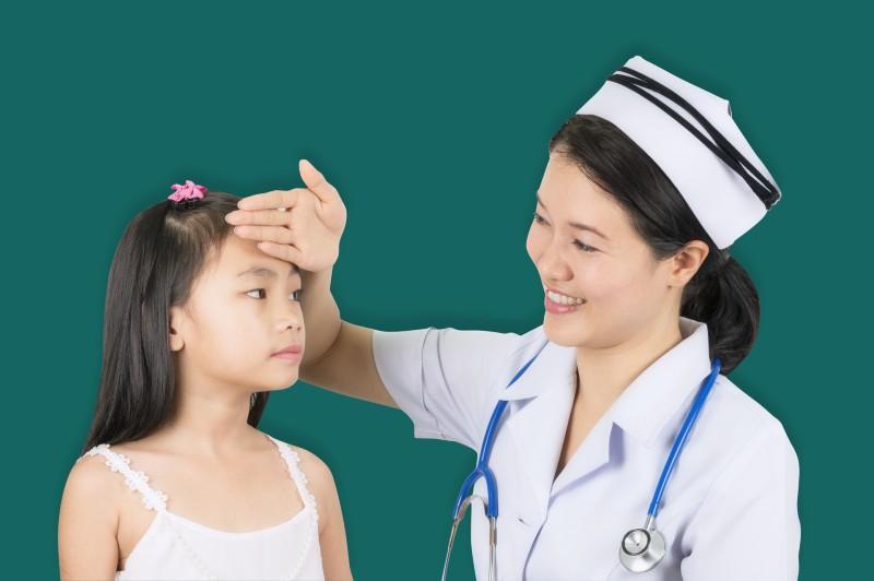 Ngành chăm sóc bệnh trẻ em