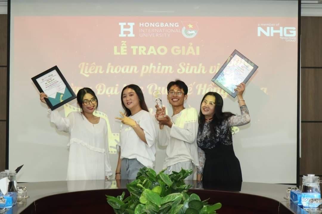 Sinh viên ngành Quan hệ Quốc tế đạt giải cao trong liên hoan phim sinh viên 2020