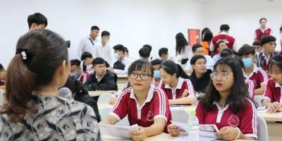 Trúng tuyển Đại học Quốc tế Hồng Bàng bằng hai kỳ thi đánh giá năng lực
