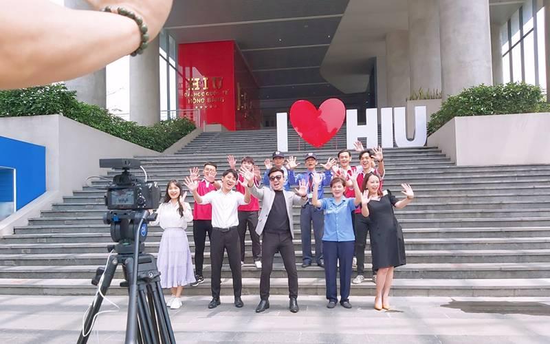 Điều gì làm nên sức hút cho bản tin #OMTS mới ra mắt của HIU Student Center?